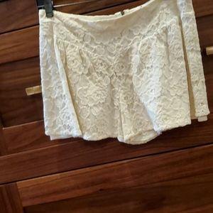 Ella Moss Lace Short